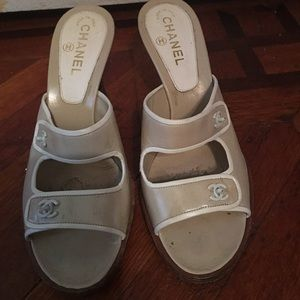 Authentic Chanel beige white shoes size 40